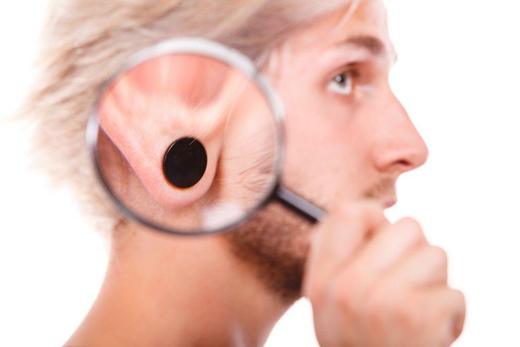 otoplastia de orejas, lóbulos rasgados, envejecidos y colgantes