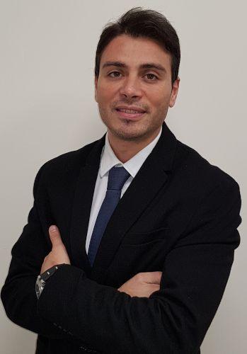 Dr. Emmanuel Méndez
